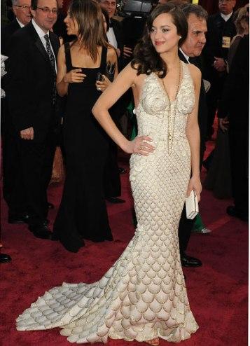 cess-marion-cotillard-best-red-carpet-looks-03-v