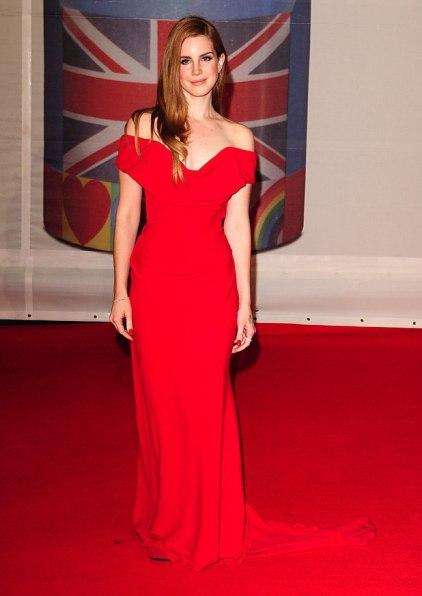 music_brit_awards_2012_red_carpet_19