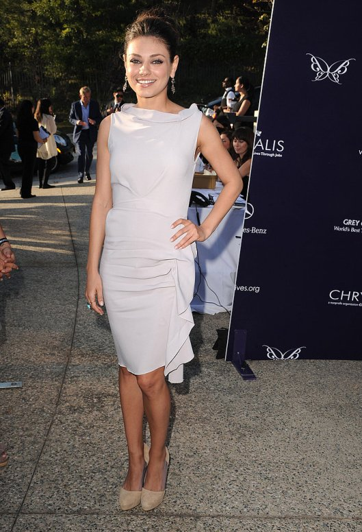 Mila-Kunis-Style-Profile (1)