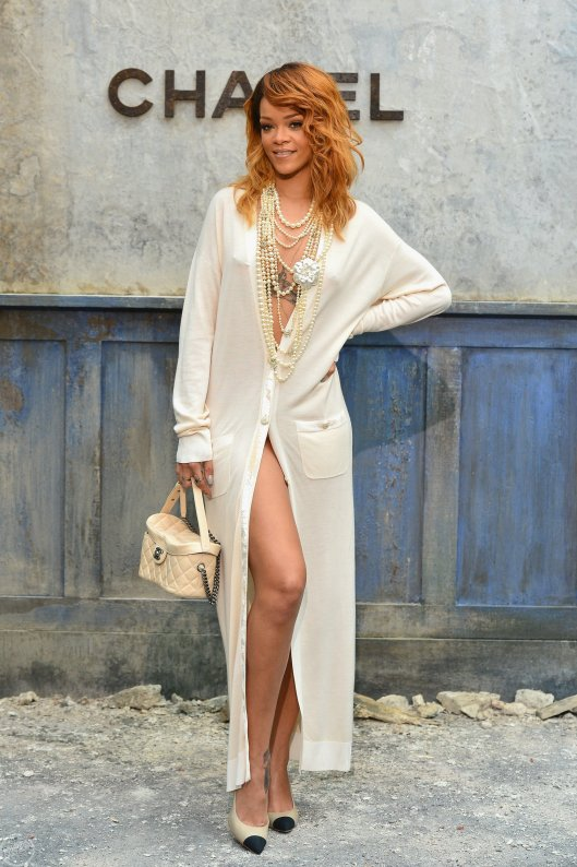 Rihanna-Chanel-2013-fashion-show-in-Paris-25
