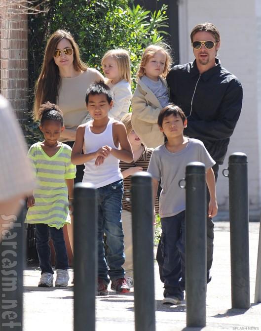 Angelina_Jolie_Brad_Pitt_family