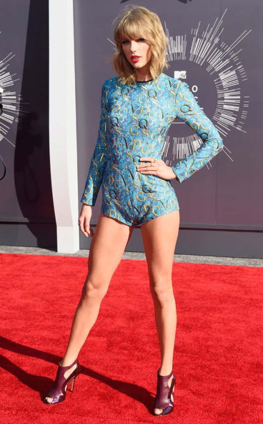 rs_634x1024-140824172545-634-taylor-swift-mtv-vma.ls.82414